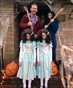twin Halloween costumes