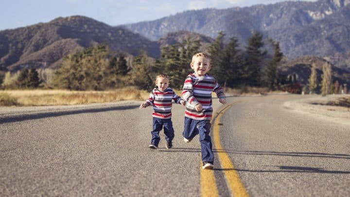 twin boys running