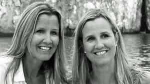 lynn lorenz and twin sister Lisa